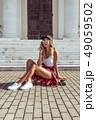 女性 モデル 若いの写真 49059502