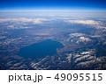 上空から見た猪苗代湖と磐梯山 49095515