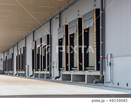 冷凍倉庫のドックシェルター (倉庫・配送センターとトラックの隙間を塞ぐ装置) 49150085