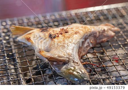 ぶりかま_おひとりさまの炭火焼き(炭焼き・網焼き・七輪・一人・宅飲み・バーベキュー・BBQ・焼肉 49153379