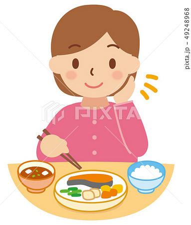 食事をする女性 49248968