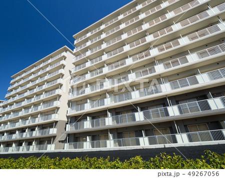 新築の集合住宅 49267056