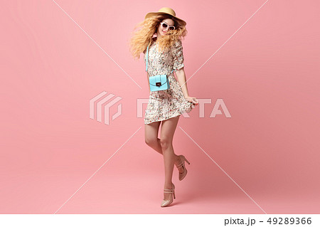 Inspired Young woman dance, fashion Wavy Hairstyle 49289366