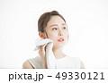アジア人 エクササイズ タオルの写真 49330121