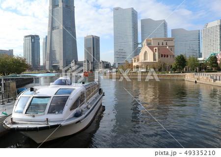 横浜港 49335210