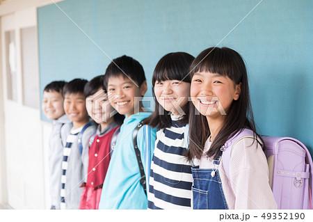 小学生 49352190