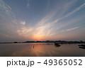西の湖の夕暮れ 49365052