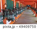 春日大社、東回廊の釣灯籠、奈良県 49409750