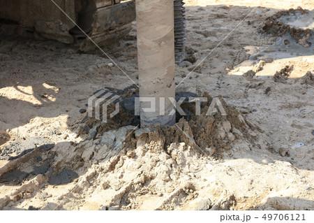 地盤改良 ピュアパイル工法(PP工法) 掘削中 イメージ 49706121