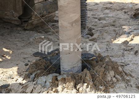 地盤改良 ピュアパイル工法(PP工法) 掘削中 イメージ 49706125