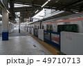 東武東上線・川越駅ホームドアと発車する東急線車両 49710713