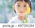 女の子 子供 ポートレート 49730194