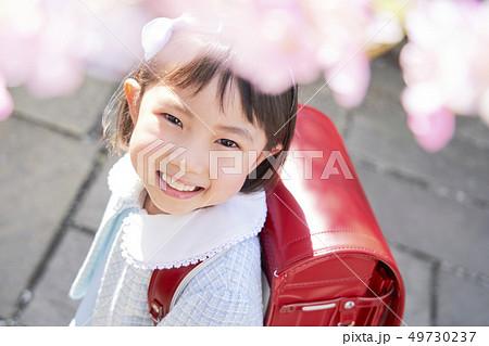 子供 女の子 入学 49730237