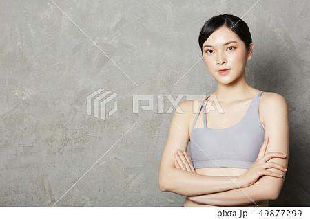 女性 スポーツウェア 49877299