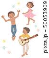 サンバを踊る子どもたち2 50053909