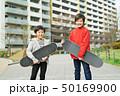子供 スケートボード ポートレイト 50169900