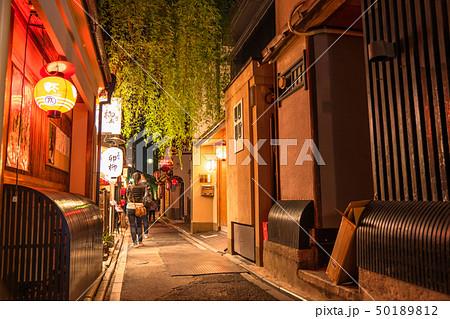 《京都府》先斗町・夜の歓楽街 50189812