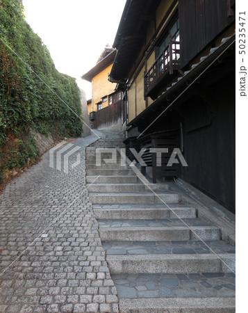 鞆の浦の路地の階段(ホライズン階段) 50235471
