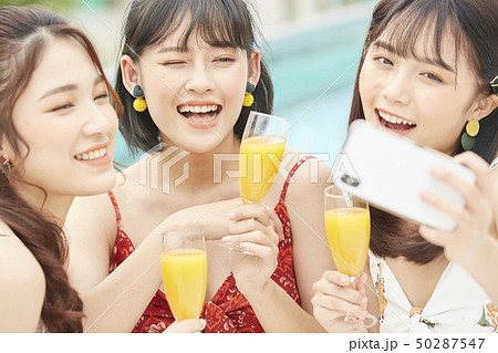 女性 女子旅 リゾート 50287547