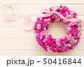 ピンクのフラワーリース 50416844