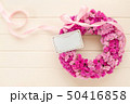 ピンクのフラワーリース 50416858