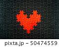 黒地にハート型のジグソーパズル 50474559