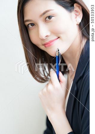 ビジネスシーン 女性 50533953