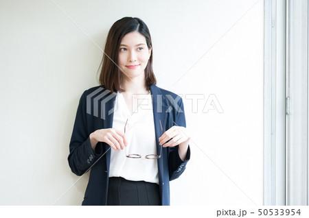 ビジネスシーン 女性 50533954