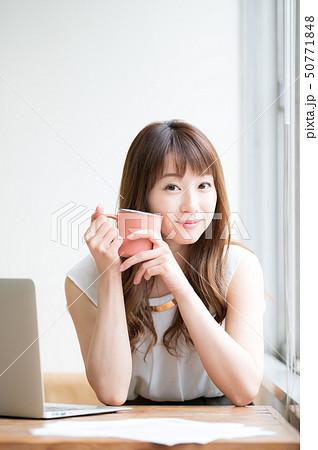 ライフスタイル 女性 50771848