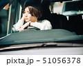女性 車 自動車の写真 51056378