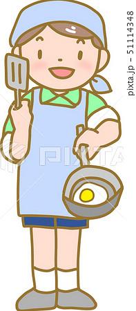 調理をする男の子 51114348