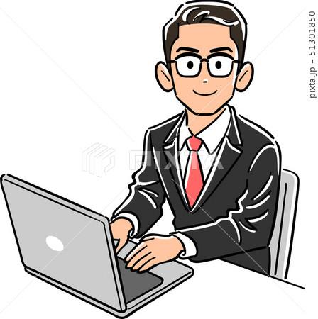 パソコンを操作する眼鏡をかけたビジネスマン 51301850