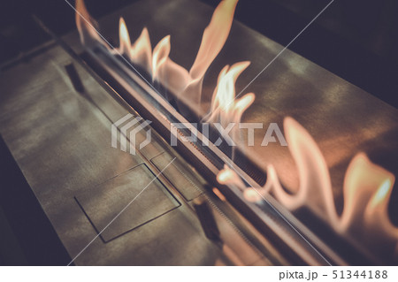 Modern bio fireplot fireplace on ethanol gas. 51344188