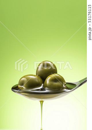 オリーブオイルのイメージ 53176115