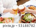 ビール 乾杯 53188782