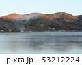朝焼けの山中湖畔 53212224