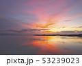 琵琶湖の朝焼け 53239023