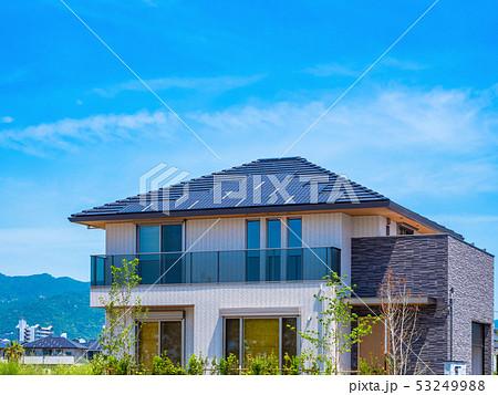 青空と新築エコハウス 53249988