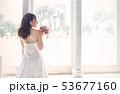 若い女性 女性 新婦の写真 53677160