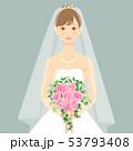 ブーケを持ちウェディングドレスを着た女性 正面 上半身 53793408
