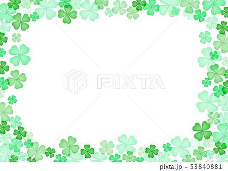 春緑クローバー背景 53840881