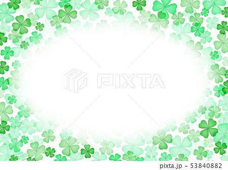 春緑クローバー背景 53840882