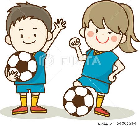 サッカーを楽しむ子供 54005564