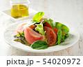 トマトとミックスリーフのサラダ 54020972