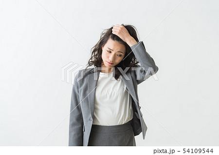 女性の疲労 ストレス  54109544