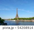 パリ エッフェル塔とセーヌ川 54208914
