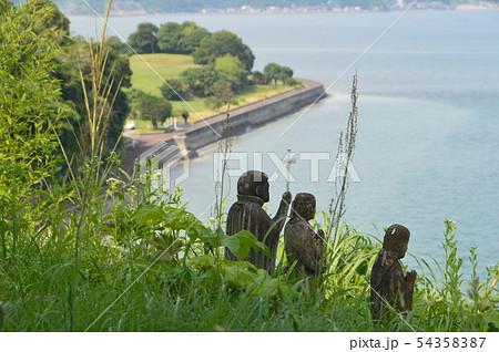 崖にたたずむ石像(原城跡/長崎県南島原市南有馬町乙) 54358387