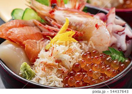 海鮮丼 54437643