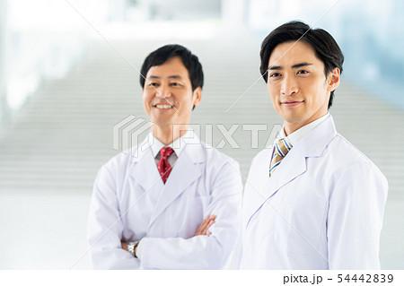 医師 54442839