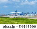 福岡空港に着陸するジェット機【福岡県】 54446999